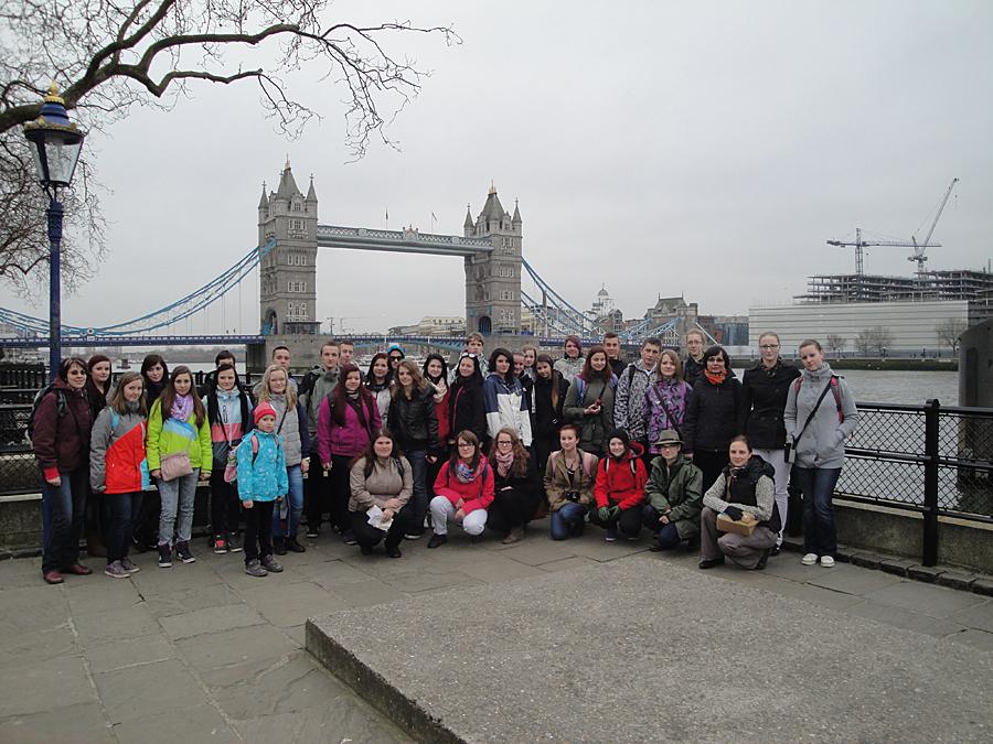 14-276 - HŠ Velké Meziříčí, Tower Bridge