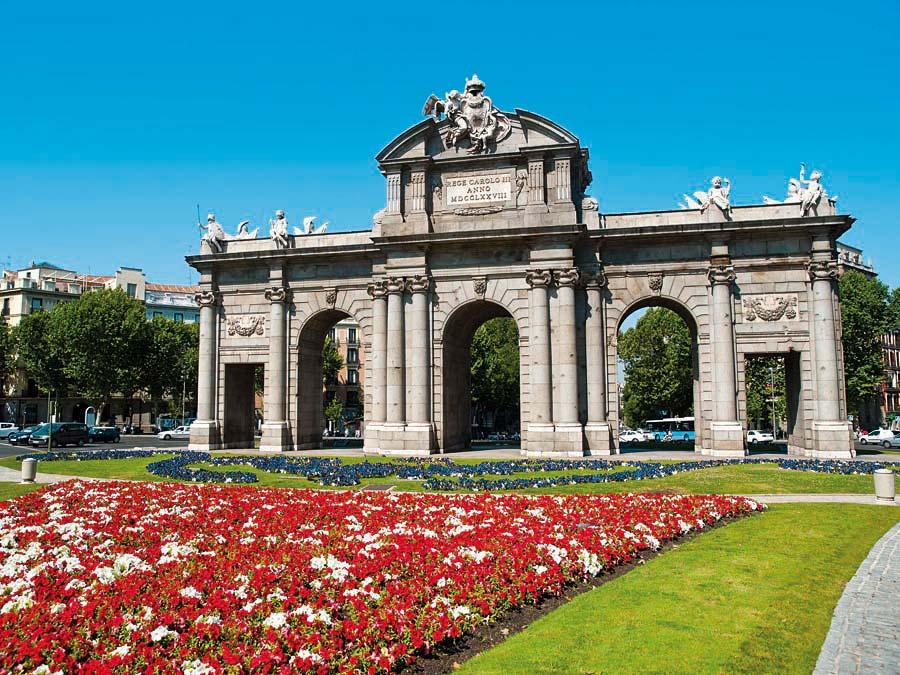 Puerta de Alcalá, Madrid, Španělsko