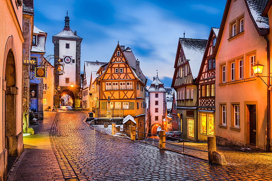 Nemecko Rothenburg advent - shutterstock_677672143.jpg