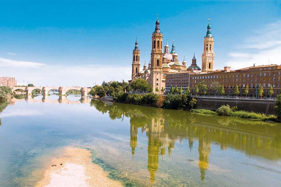 Basílica de Nuestra Señora del Pilar, Zaragoza, Španělsko
