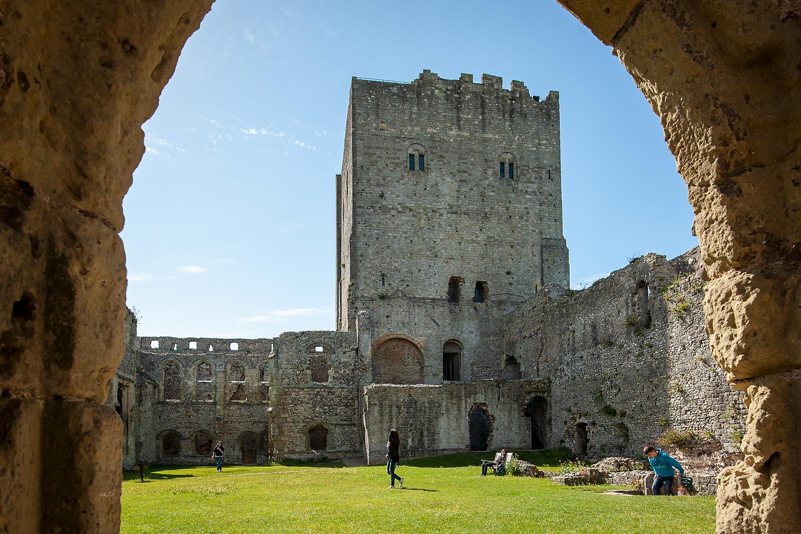 Anglie-Portchester-Portchester_Castle_2.jpg