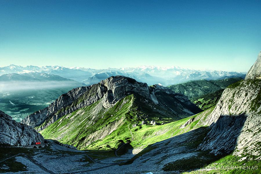 Svycarsko, Pilatus - vyhlidka z Pilatus Kulm na Bernske Alpy