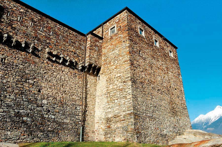 hrad Sasso Corbaro, Bellinzona, Švýcarsko