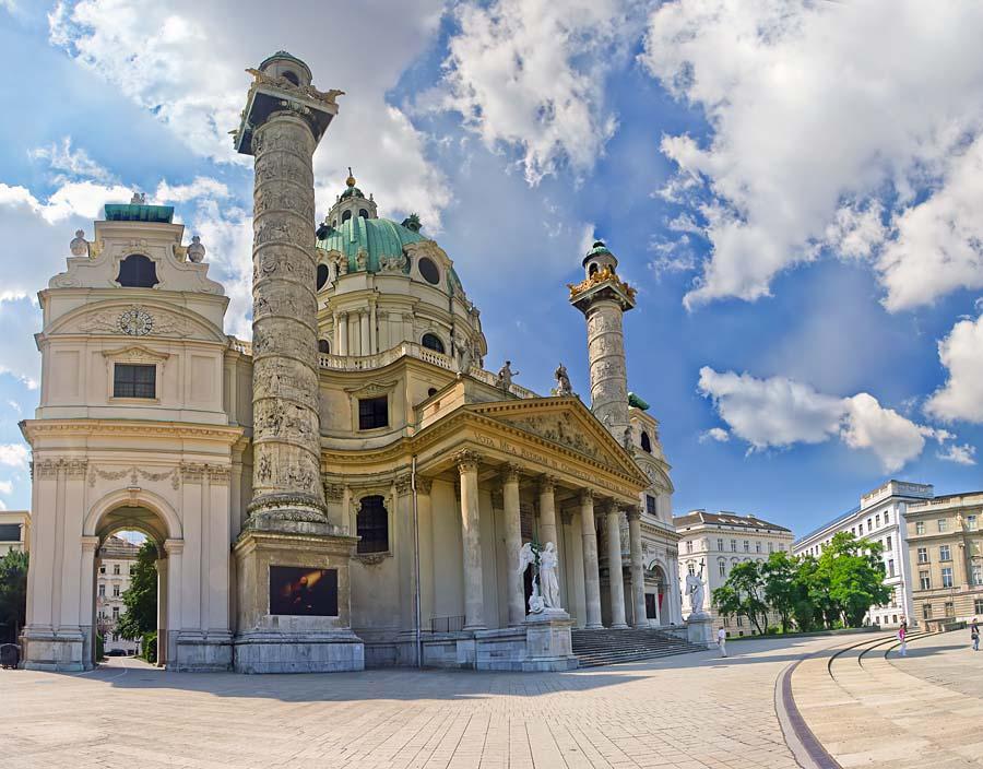 Karlskirche, Vídeň, Rakousko