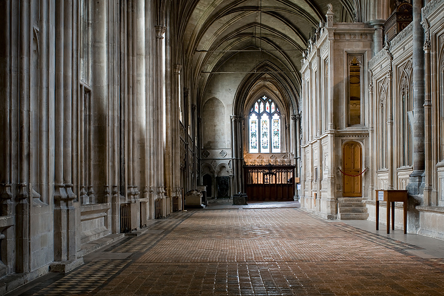 Anglie-Winchester-Winchester_Cathedral-inside.jpg