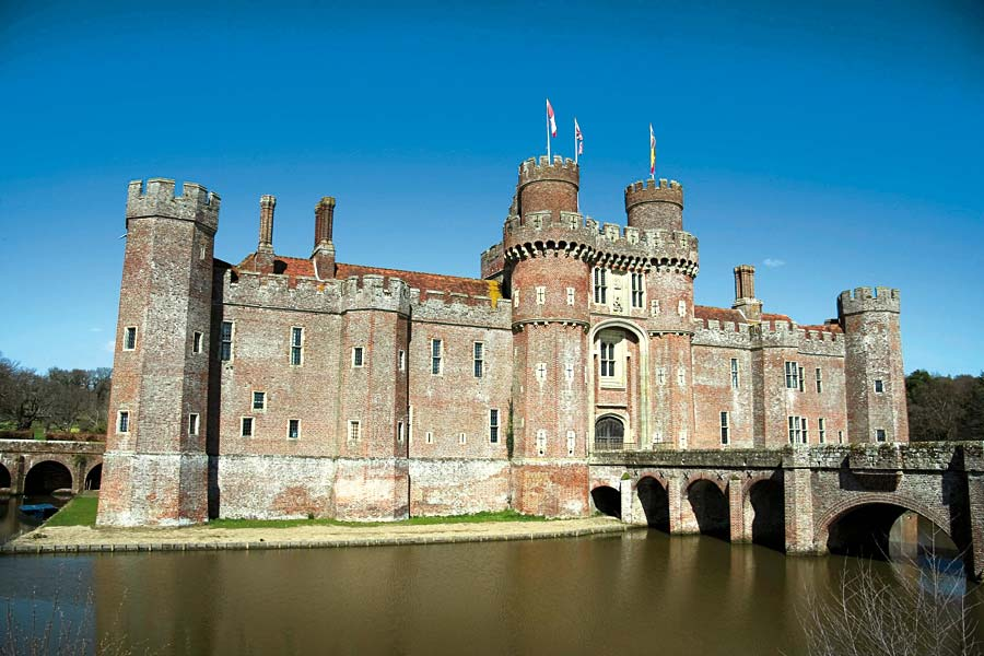 Herstmonceux Castle, Anglie