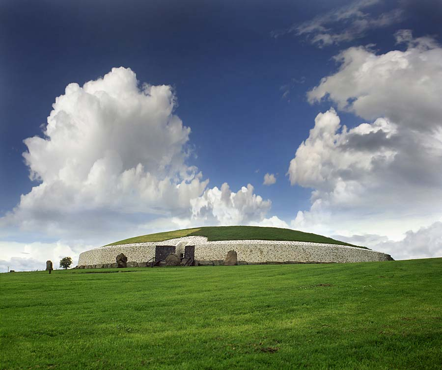 Newgrange, Irsko