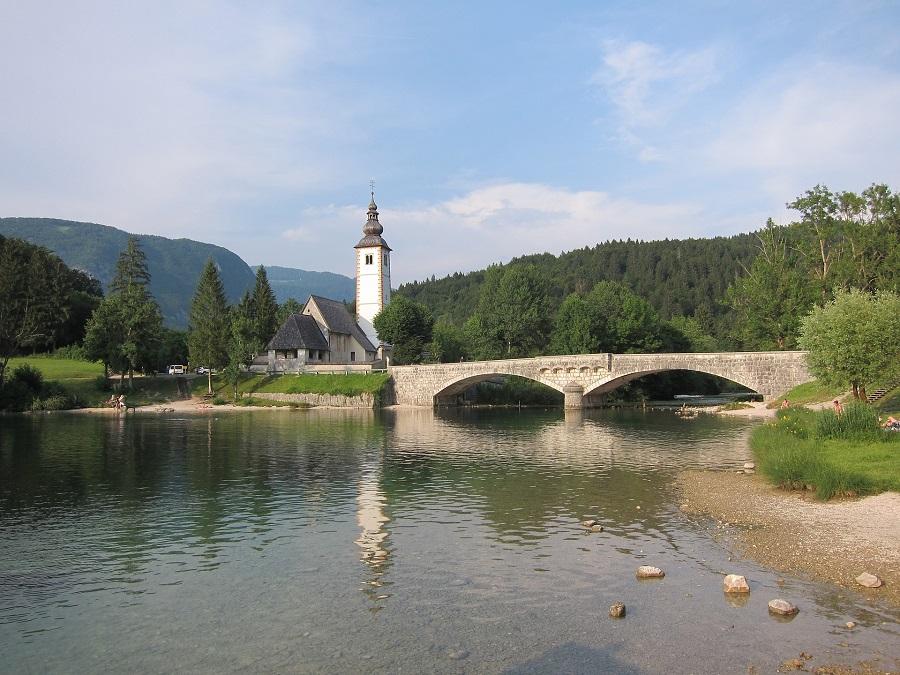 Slovinsko Ribčev Laz.jpg