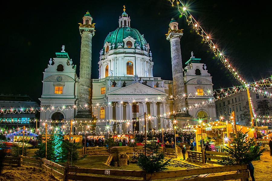 Rakousko Viden, advent - shutterstock_438313702.jpg