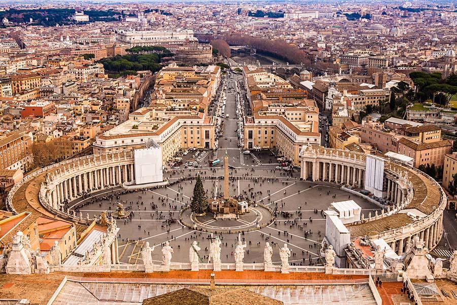 Svatopetrské náměstí, Vatikán