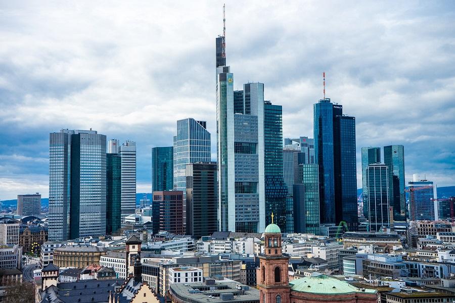 Nemecko Frankfurt, Commerzbank Turm - Pixabay 4927664_1920.jpg