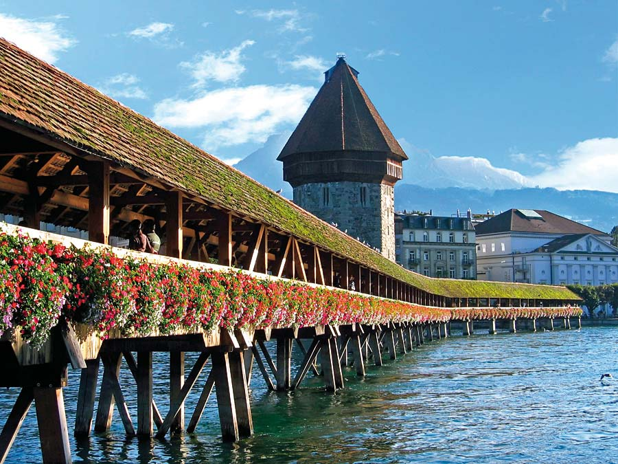 Kapellbrücke, Luzern, Švýcarsko