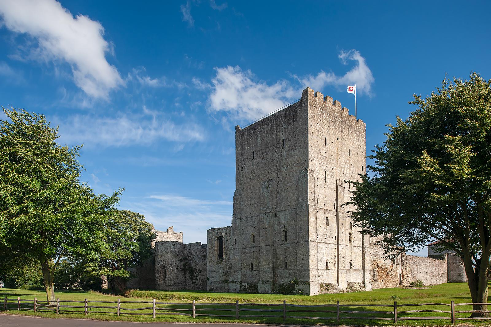 Anglie-Portchester-Portchester_Castle_6.jpg