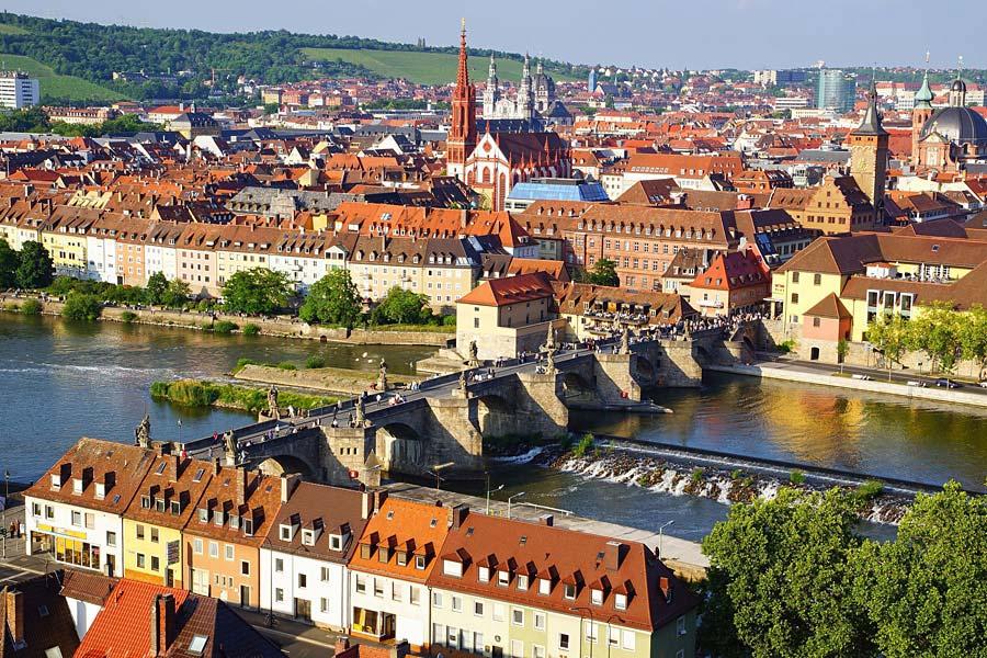Alte Mainbruecke, Würzburg, Německo