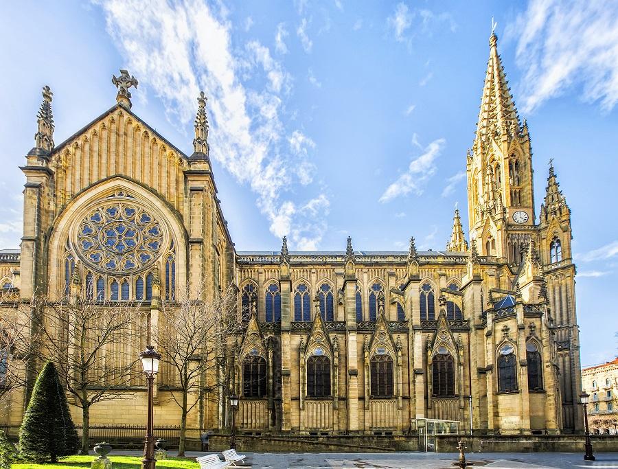 Good Shepherd Cathedral, San Sebastián, Španělsko.jpg