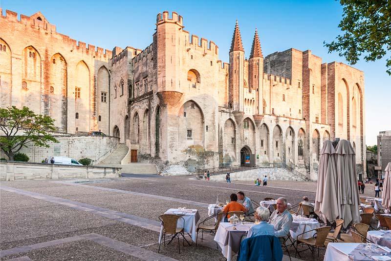 papežský palác, Avignon, Francie