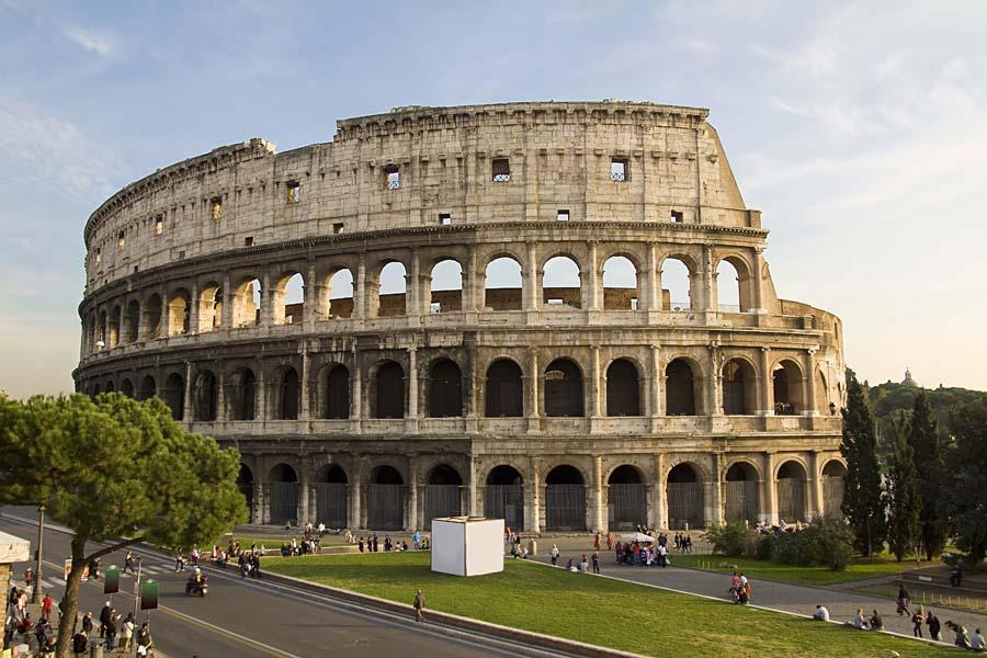Řím - za césarem a papežem