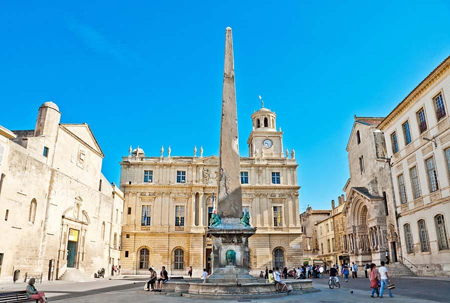 Place de la Republique, Arles, Francie